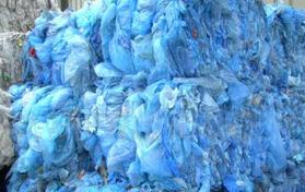 塑料(liao)磨粉機